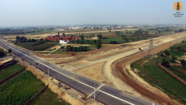 Construction of Access Road LDA City from Ferozepur Road to Kahna Kacha Road Lahore